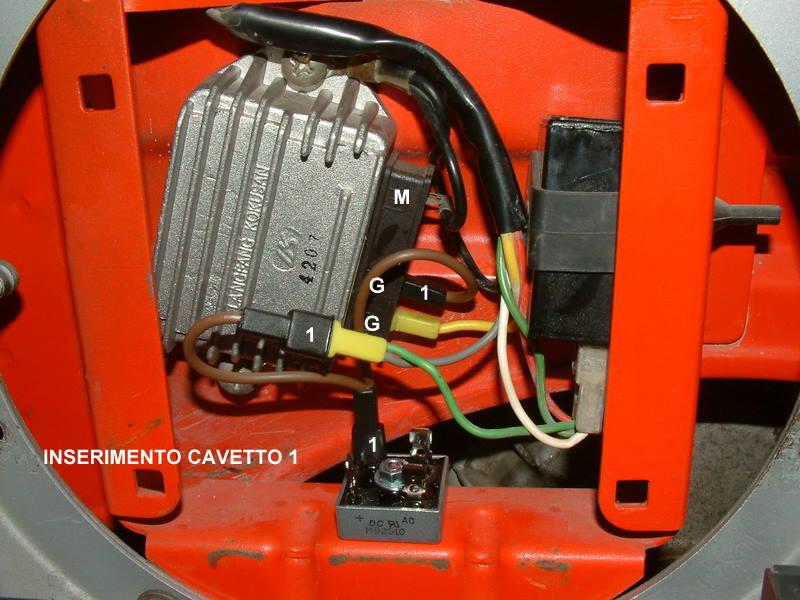 Schema Elettrico Regolatore Di Tensione Ducati : Connessioni regolatore ducati officina largeframe