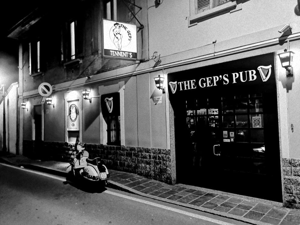 Vespa The Gep's.jpg