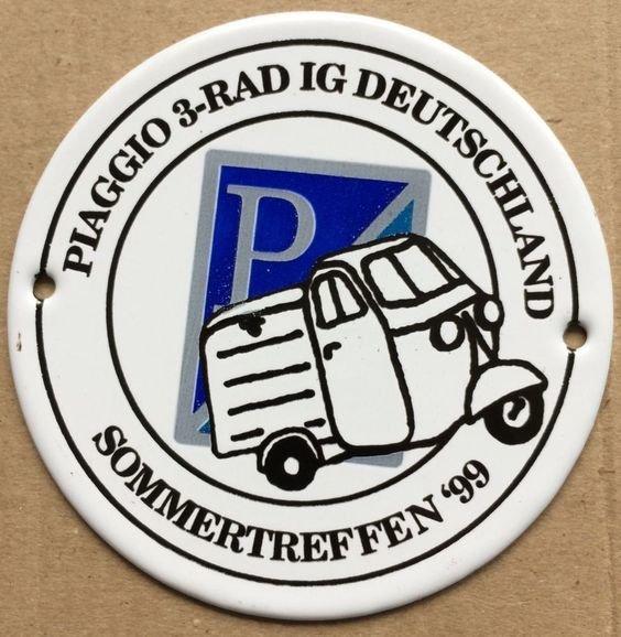 1999 Piaggio 3 Rad.jpg