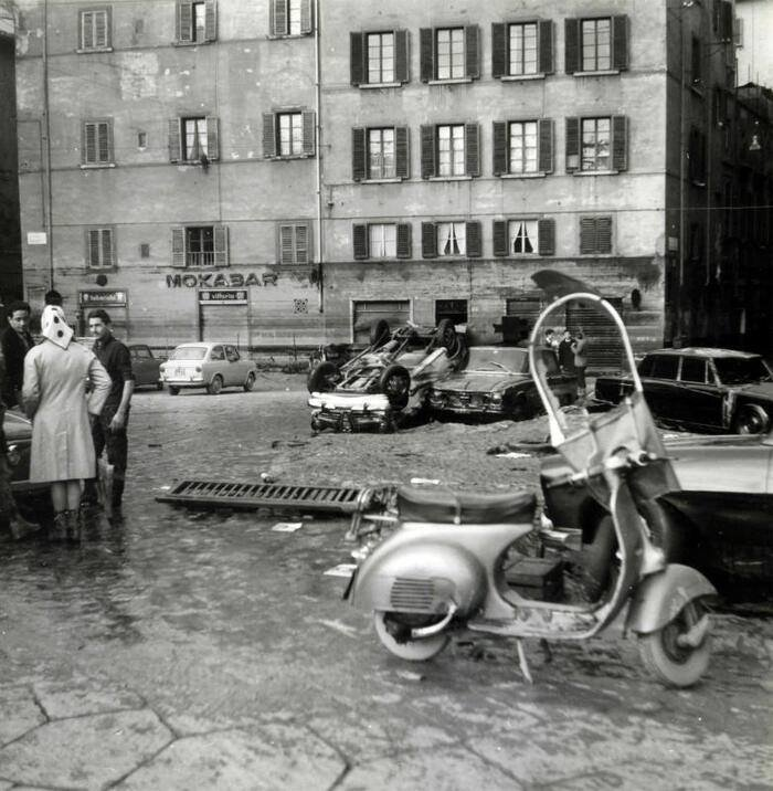 Vespa alluvione.jpg